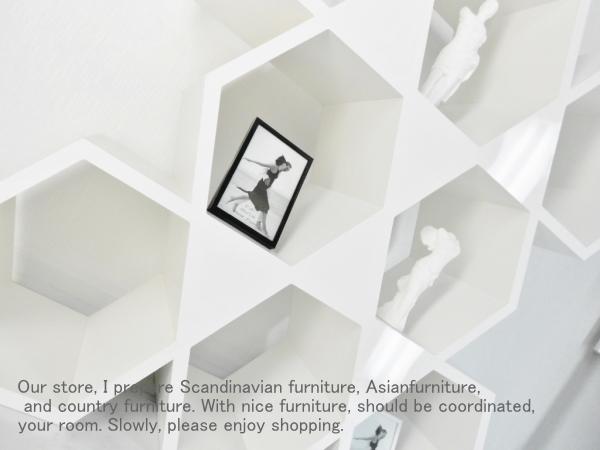 六角形の飾り棚・シェルフ 高級感溢れる鏡面仕上げ